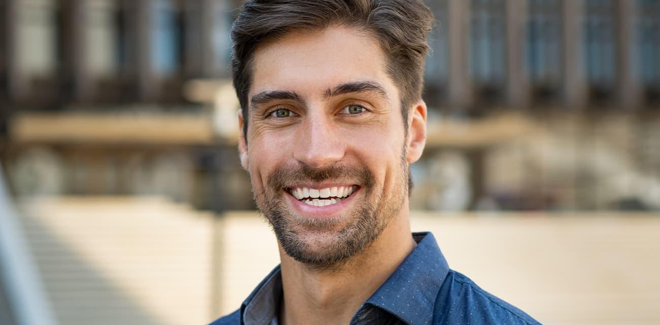 Anwendung des Bartwuchsmittel zum Bartwuchs fördern